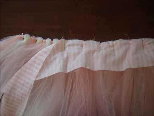 Скрепление элементов бесшовной юбки